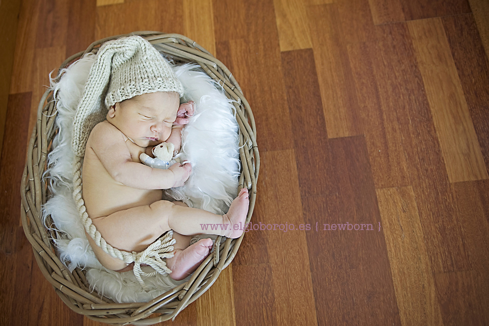El Globo Rojo  Pedro newborn_DSC4277 copia